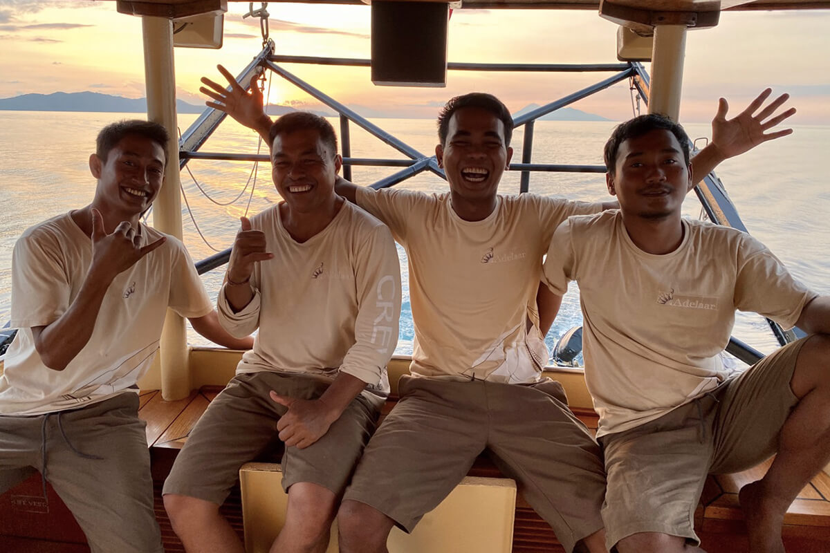 Adelaar Cruises crew