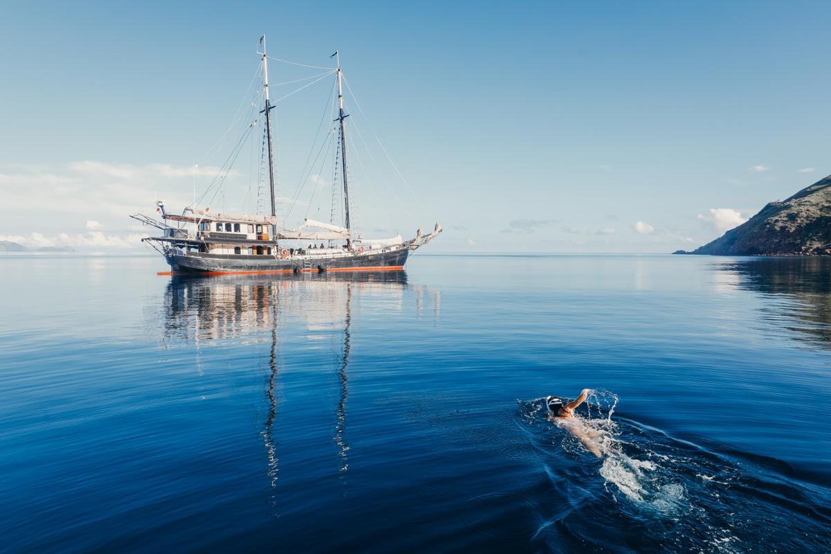 cruise aboard Adelaar Cruises